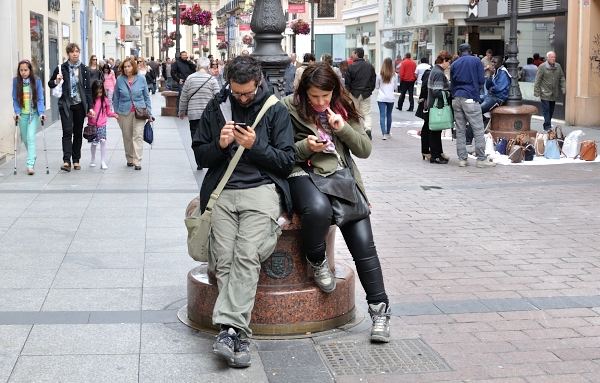 Intimidad con móvil/Intimacy with mobile phone